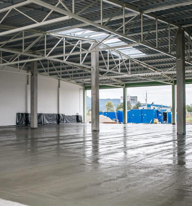 Výrobno-skladovací areál, Veľké Uherce